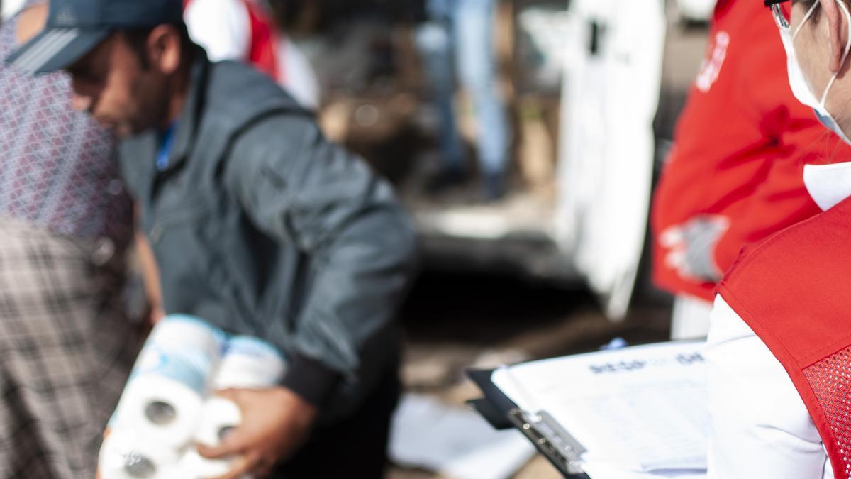 Atención a inmigrantes por parte de Cruz Roja