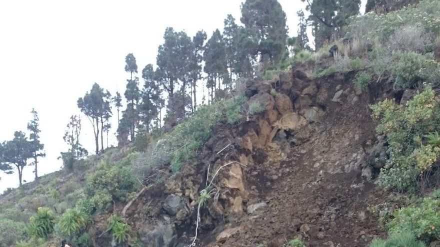 Imagen de la ladera donde se ha registrado el desprendimiento en la LP-209. Foto: Cabildo de La Palma.