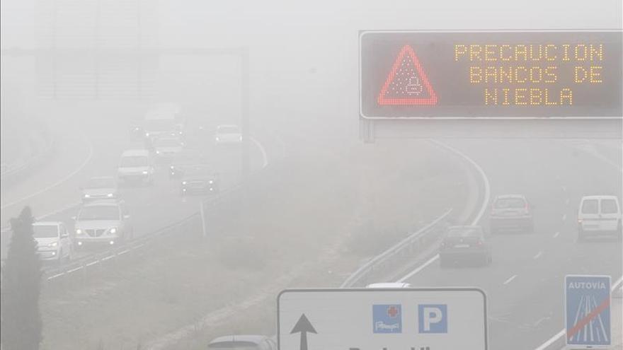 Desviados cuatro vuelos que iban a aterrizar en Madrid por baja visibilidad