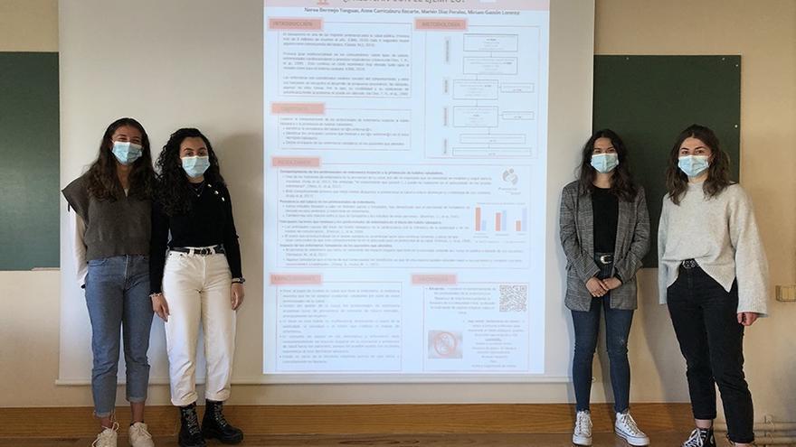 Uno de los grupos participantes, integrado por las alumnas Nerea Bermejo Yanguas, Anne Carricaburu Recarte, Marlén Díaz Perales y Miriam Gastón Lorente