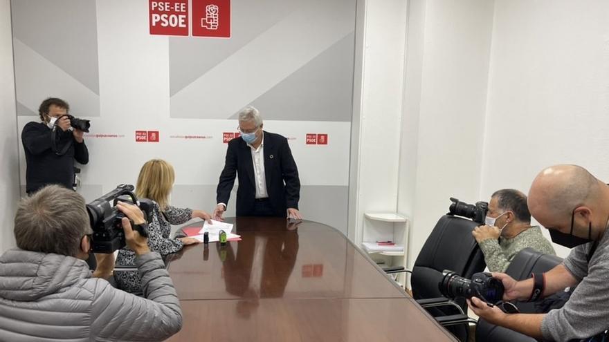José Ignacio Asensio presentando su precandidatura.