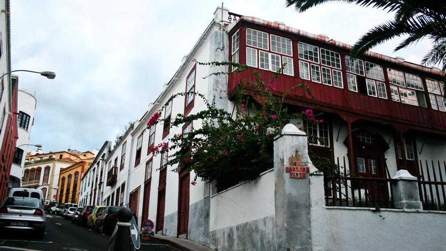 Casa tradicional canaria en la parte alta de Santa Cruz de La Palma. VIAJAR AHORA