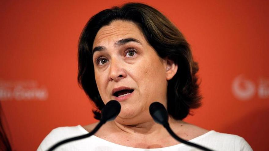 Colau se ofrece a hablar solo con ERC y PSC y rechaza pacto con JxCat y Valls