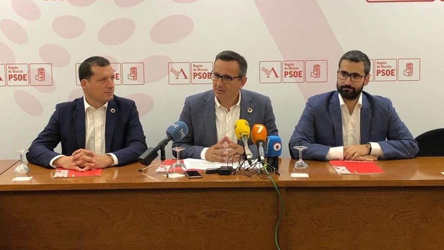 El secretario general del PSOE-PSRM Diego Conesa