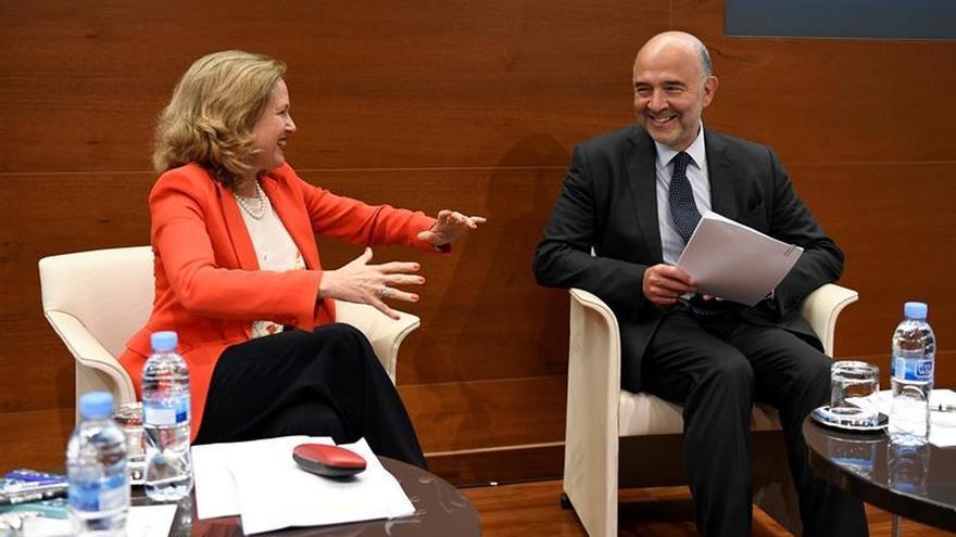 """Calviño ve inadecuado lanzar dudas al hablar de """"podemización de la economía"""""""