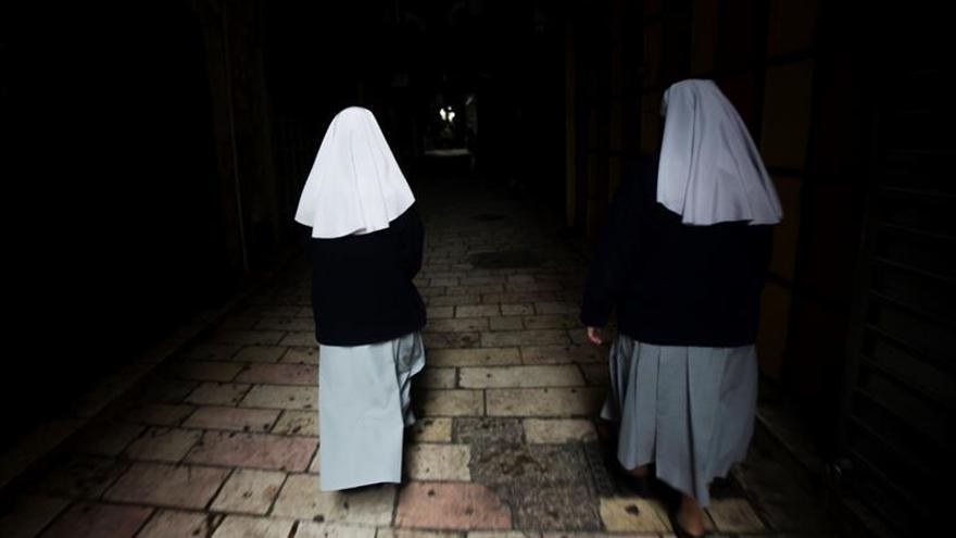 """Monjas denuncian haber sufrido """"por años"""" abusos por parte de curas en Chile"""