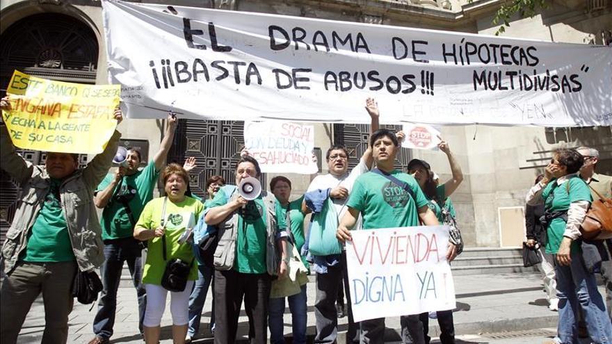 Afectados por la Hipoteca dará 3 meses al nuevo Gobierno para regular la dación en pago
