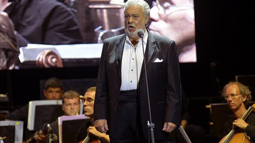 Plácido Domingo homenajeará a su hermana en la Catedral de Los Ángeles