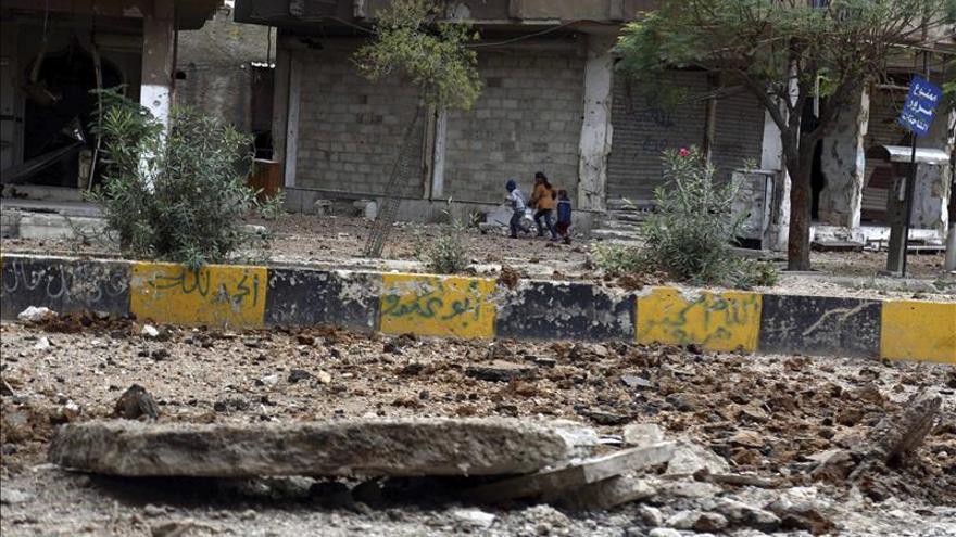 Al menos 22 civiles muertos en Siria por bombardeos y el disparo de cohetes