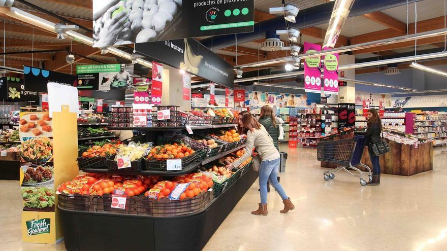El IPC interanual escala una décima en octubre, hasta el -0,1%, por los precios de los alimentos