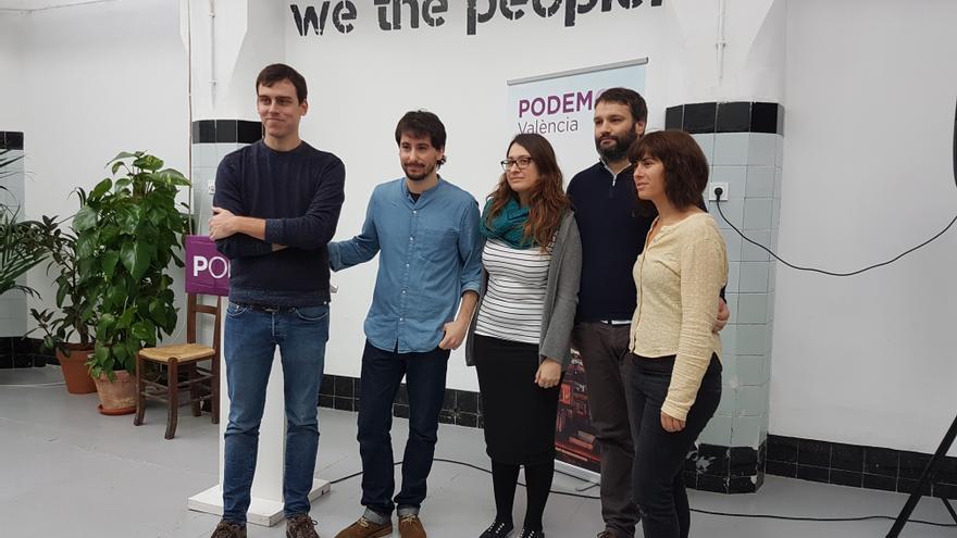 Ferran Martínez, Jaime Paulino, Carla Monleón, César Jiménez y Ana Bedrina, en la Morada de Podemos