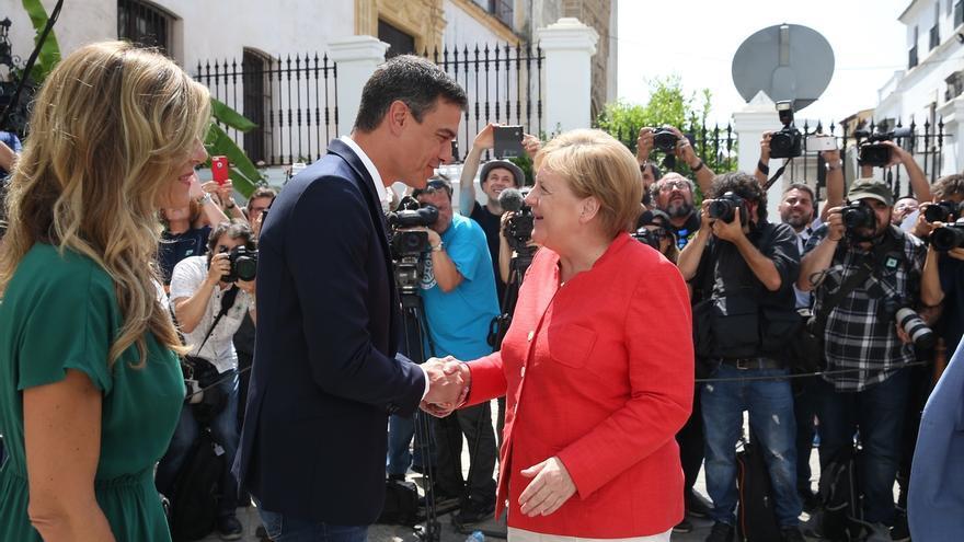 """El PP dice que Merkel le ha recordado al """"llanero solitario"""" Sánchez que la política migratoria es común en toda la UE"""