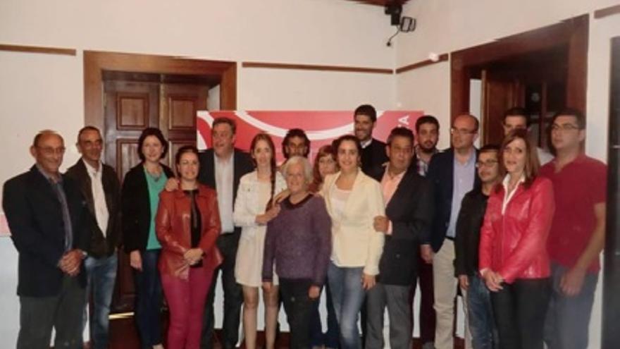 En la imagen, miembros de la lista del PSOE al Ayuntamiento de Breña Alta.