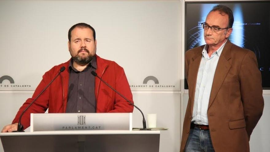 ICV-EUiA cita a la familia Pujol, González, Aznar y Moragas en la comisión de investigación