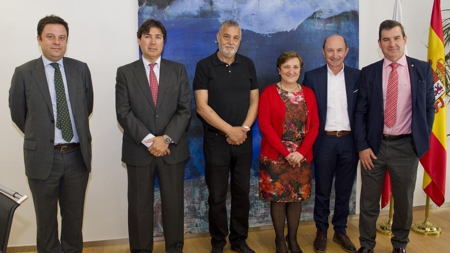 El conjunto escultórico 'No crossing' de Eloy Velázquez se instalará en el Hospital Valdecilla