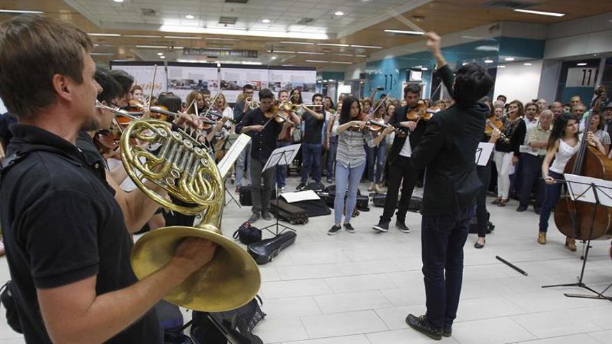 La Fundación Excelentia lleva la Novena Sinfonía de Beethoven al metro de Madrid