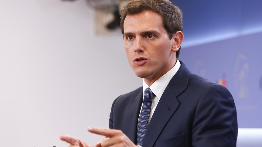 """Rivera dice que Villacís """"sería una gran alcaldesa"""" y recuerda a Casado que el PP ha perdido """"miles de votos"""" en Madrid"""