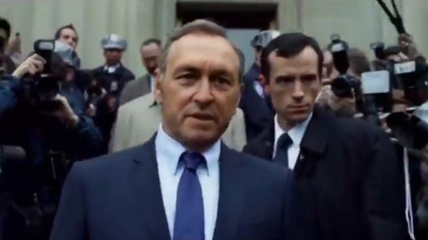 Montaje de la cara de Rafael Hernando en el cuerpo de Kevin Spacey, Francis Underwood en la serie House of Cards.