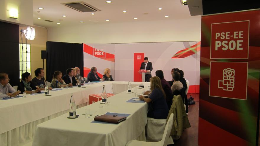 """El lehendakari dice que las críticas del PP a las Cuentas vascas son """"mentiras"""" y cree que """"no merece gobernar el país"""""""