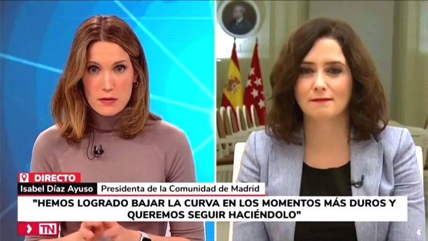Silvia Intxaurrondo e Isabel Díaz Ayuso, en Telemadrid