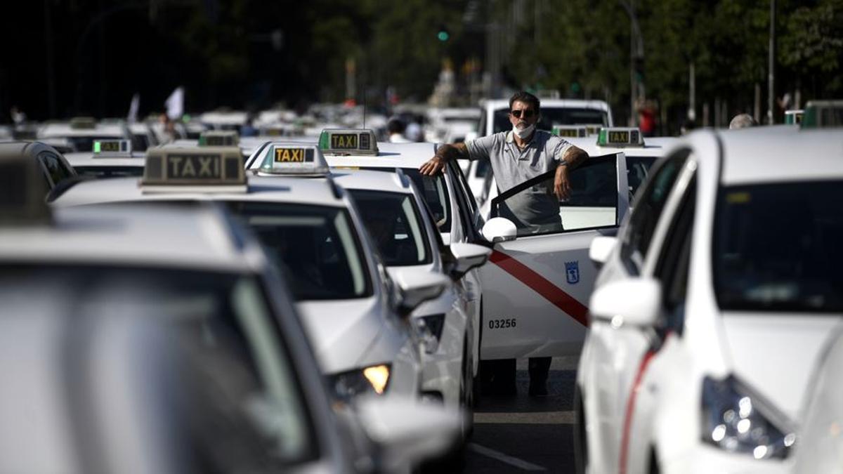 Macroconcentración de taxis en Madrid