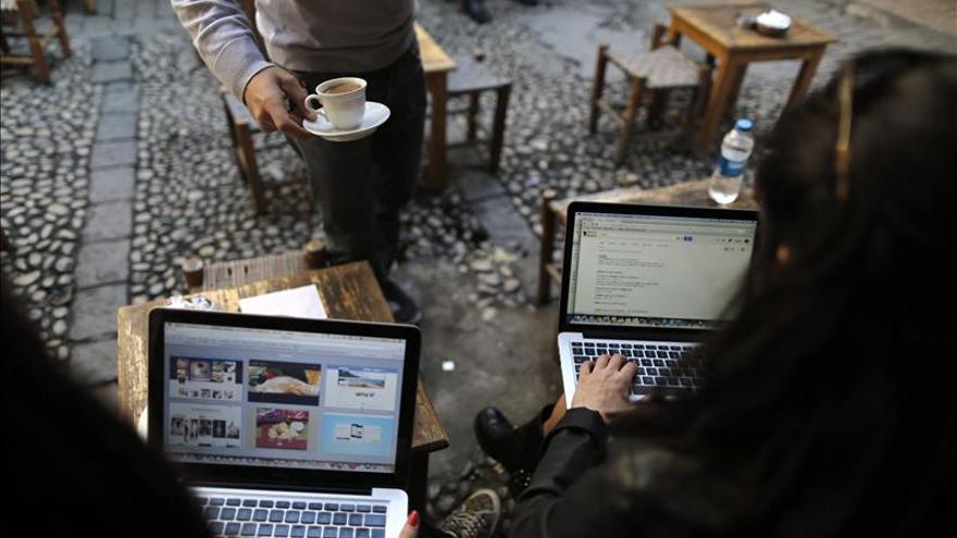 La justicia suspende el cierre de Twitter en Turquía, aunque sigue el bloqueo