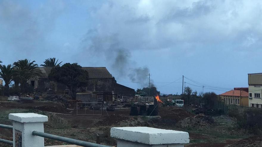 Quema de residuos en Santo Domingo.