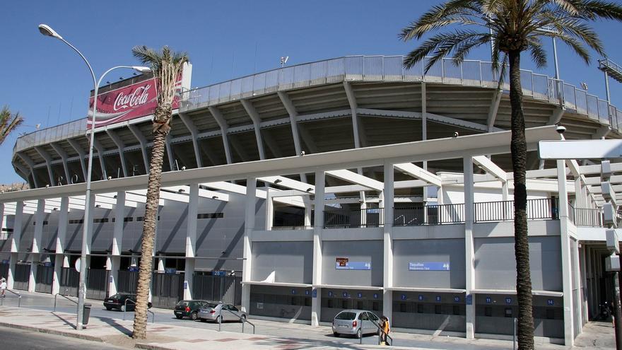 Policía Nacional entra en instalaciones del Málaga CF por orden judicial para recabar documentación