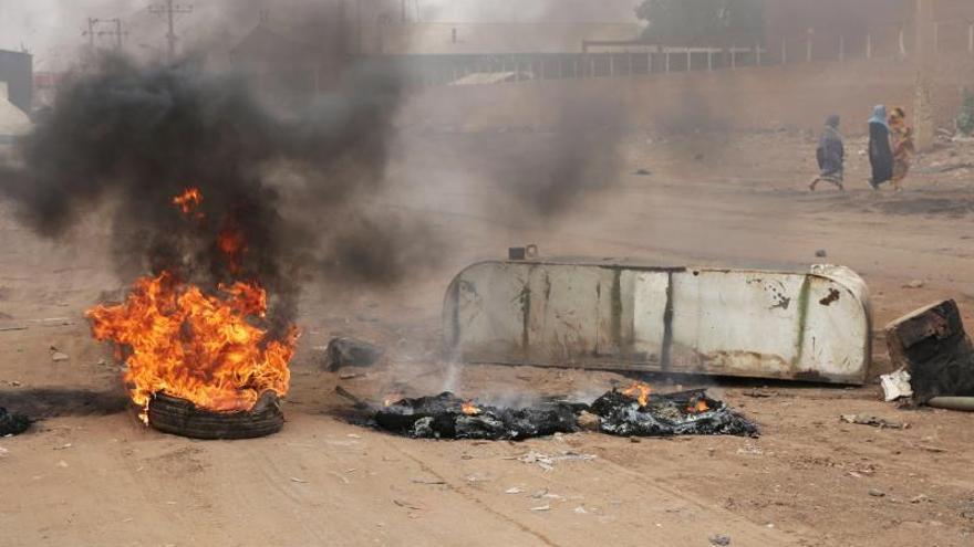 La violencia acecha la frágil transición democrática en Sudán