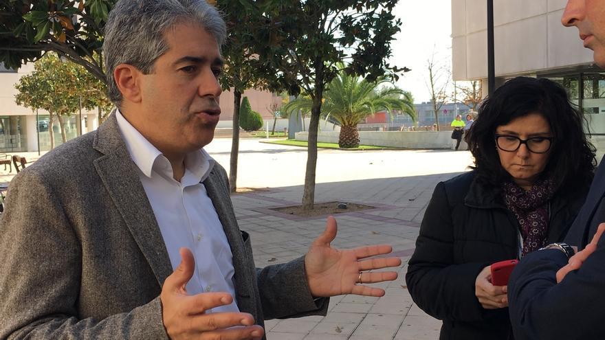 """Homs (CDC) augura que Mas convocará elecciones en enero si la CUP """"no cambia de opinión"""""""