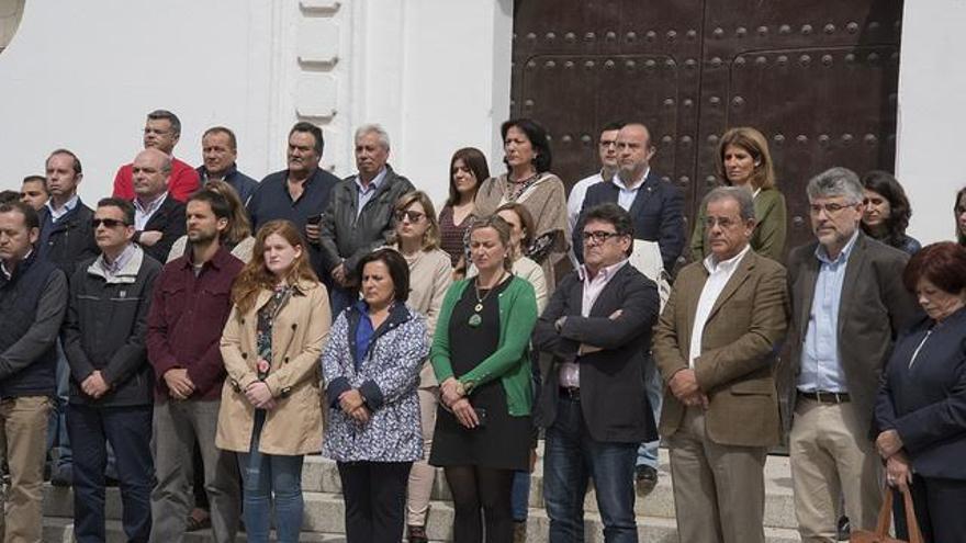 Minuto silencio Asamblea Extremadura accidente laboral