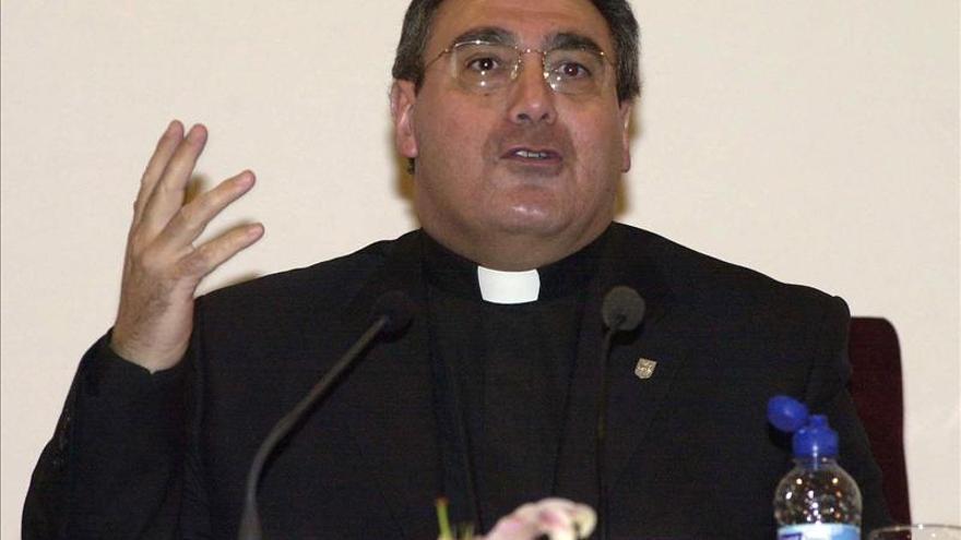 El sacerdote José María Gil Tamayo, nuevo secretario general de los obispos