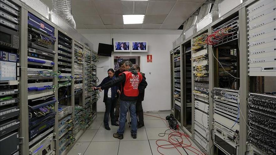 Rajoy dice que entiende a los trabajadores de RTVV