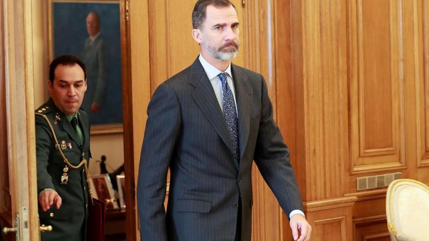 """El rey Felipe VI, destacado en la lista de """"héroes"""" para 2017 de un medio europeo"""