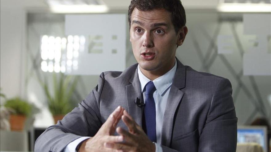 Rivera asegura a EFE que no estará en un Gobierno nacional que no encabece su partido
