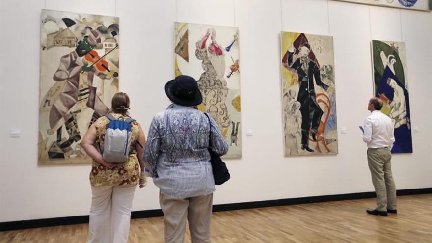 La Galería Tretiakov expone los tapices de Chagall para el Teatro Judío de Moscú
