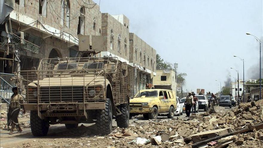 Hadi comunica a la ONU su disposición a un alto el fuego de 7 días en Yemen