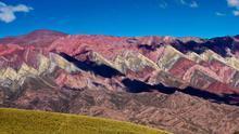 Cerros de colores, cóndores y ecos ancestrales en la Quebrada de Humahuaca