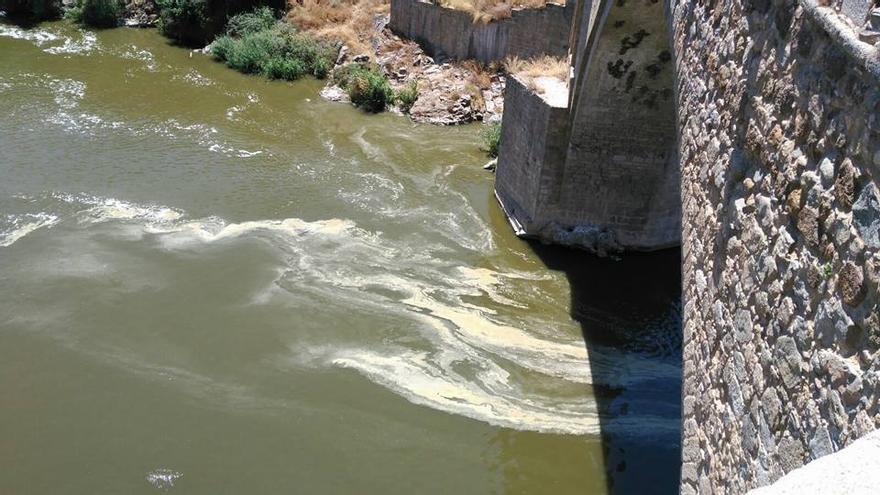 río Tajo en Toledo, tercer fin de semana de julio