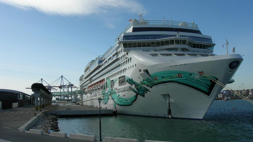 Navieras americanas muestran interés en aumentar sus escalas con Málaga