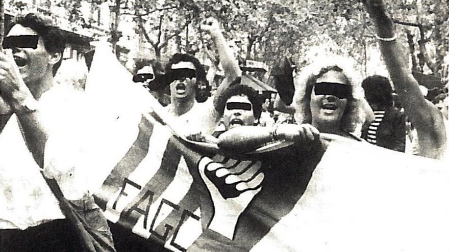 Manifestación el 26 de junio de 1977 en Barcelona de la FAGC