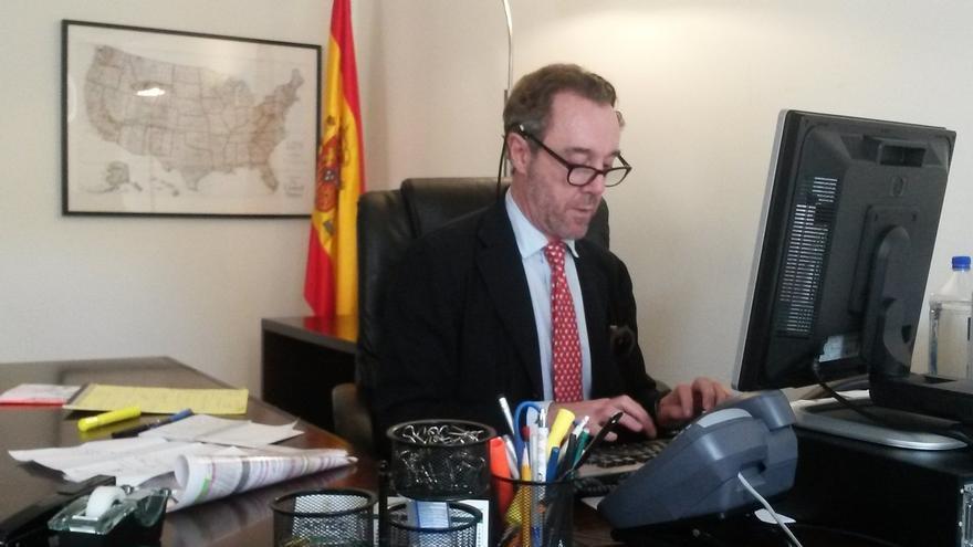 """El cónsul cesado por mofarse de Susana Díaz ve """"desproporcionado"""" su cese """"fulminante"""" por una broma """"desafortunada"""""""