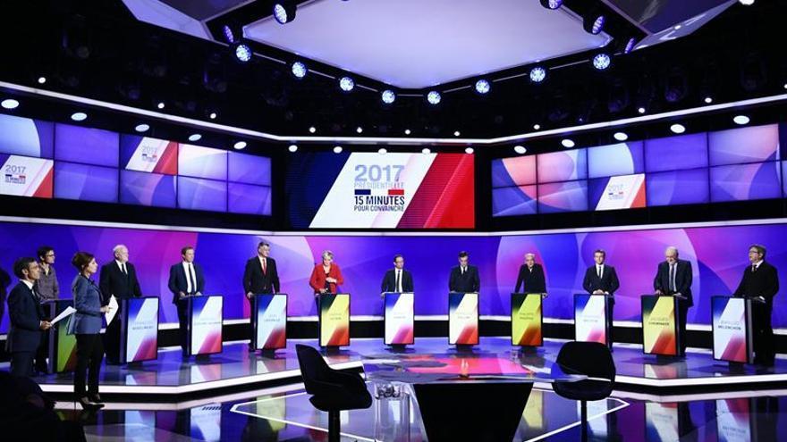 El atentado de París da un vuelco a la última cita televisiva de la campaña