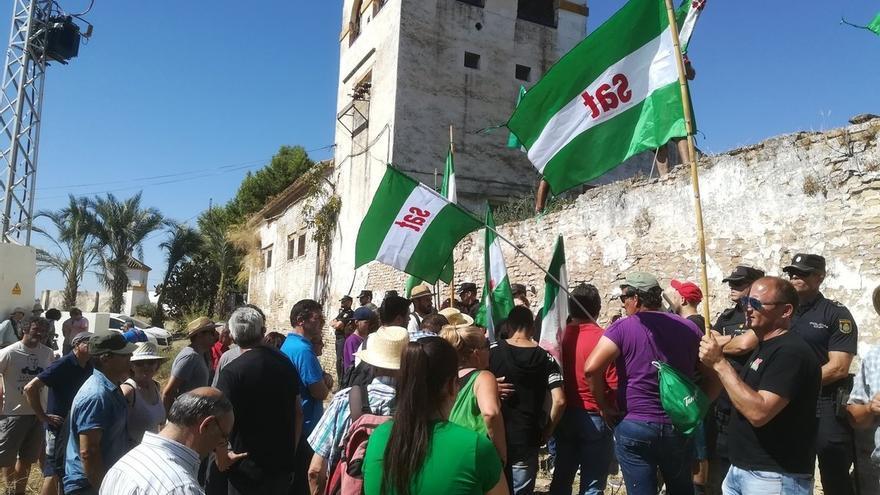 Promueven una nueva marcha para que el cortijo de Gambogaz deje de pertenecer a la familia de Queipo