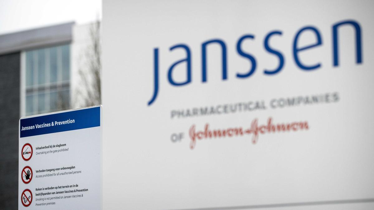 Exterior de la sede de la farmacéutica Janssen in Leiden, Paises Bajos.