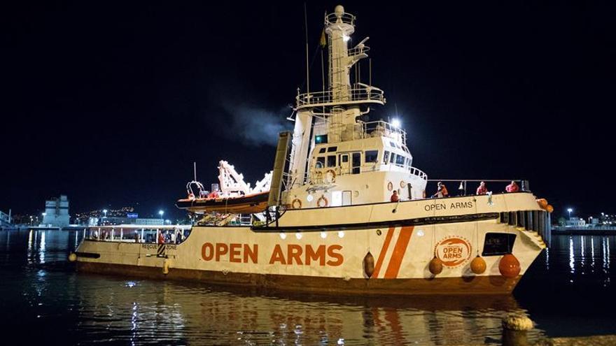 Italia y Malta niegan al Open Arms un puerto para desembarcar, dice Salvini