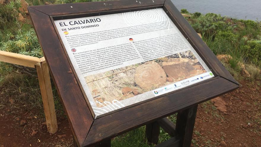 En la imagen, el nuevo panel de la estación de El Calvario.