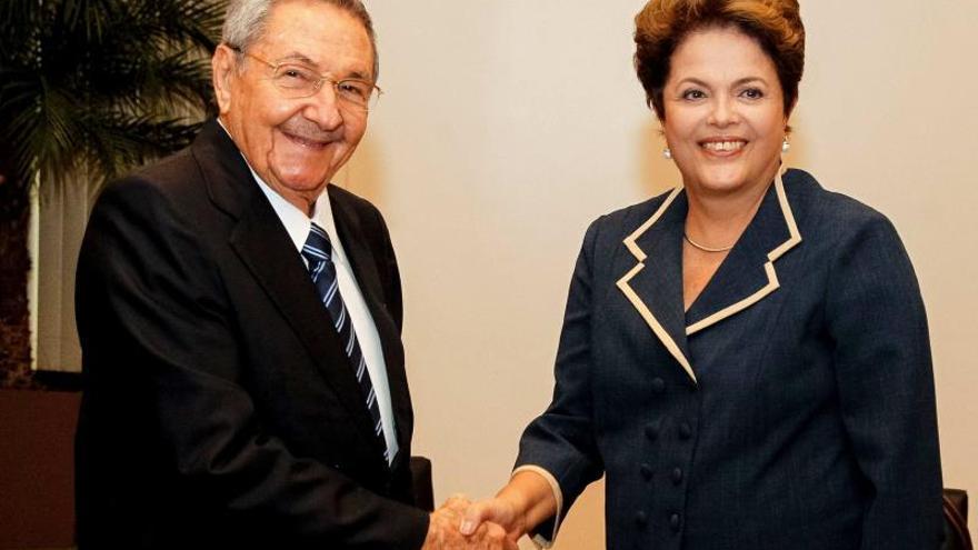 Dilma Rousseff y Raúl Castro inauguran la primera fase del puerto de Mariel