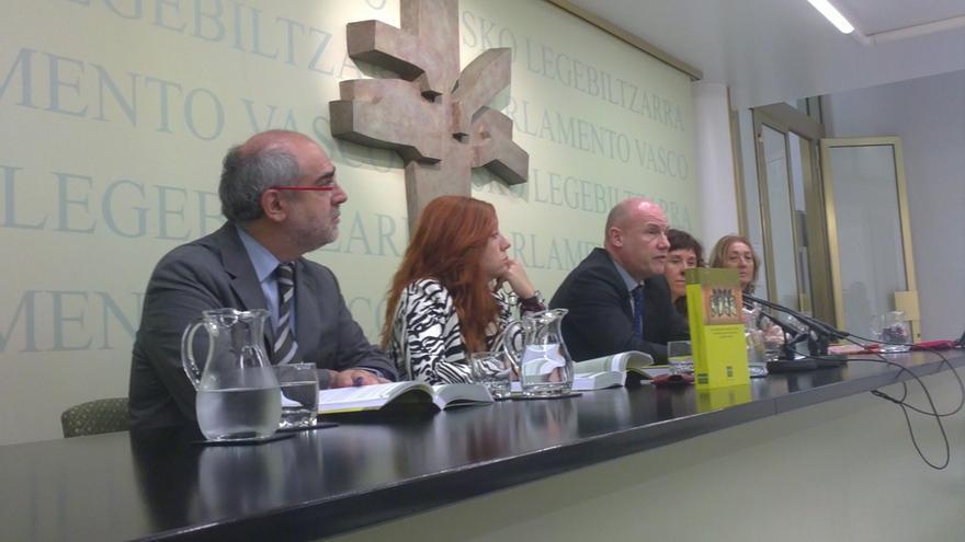 """El Ararteko cree """"tremendamente injusto y equivocado"""" que Maroto """"estigmatice"""" a colectivos de inmigrantes"""