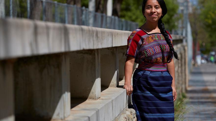 La cantantautora guatemalteca Sara Curruchich anuncia canción con Lila Downs